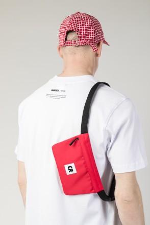 Pocket Mid Bag Red