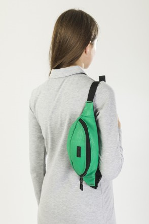 Hip Bag Light Green Art. Leather