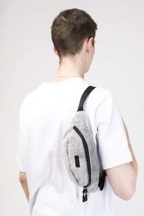 Сумка поясная Hip Bag Серый светлый Мех