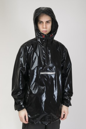 Astral Anorak Shiny Black/Black