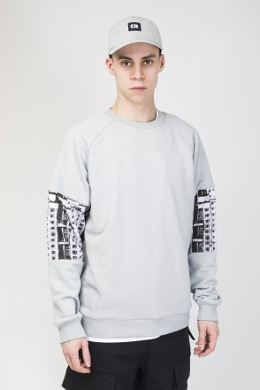 Mid Line Crew-neck Light Ash Gray