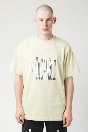 T-Shirt Exclude Stretch Font Beige