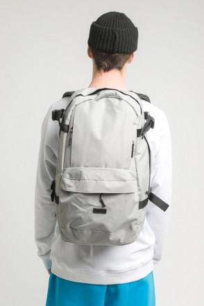 Action Backpack Ash Gray Taslan