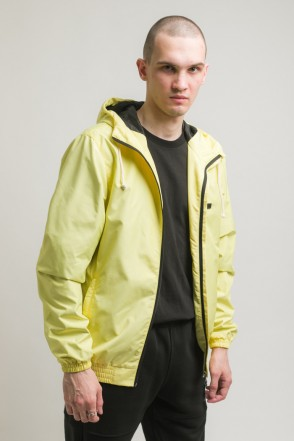 Break Windbreaker Light Yellow