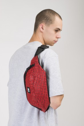 Сумка поясная Hip Bag Large Красный Таслан/Паттерн Bent Grid Черный